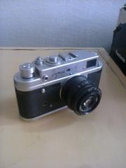 Продам зеркальный фотоаппарат Зоркий-4 с объективом Индустар-50